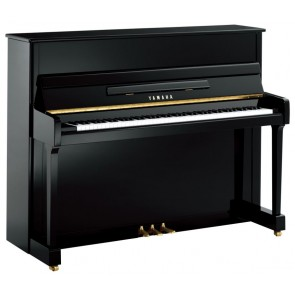 Yamaha Secondhand U1 Series Upright Piano in Polished Ebony finish Crica 1980